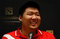 Е «BoBoKa» Чжибяо, Fu «Q» Bin, Сунь «Agressif» Чжэн, Лин «Xxs» Дзин, DAC, Invictus Gaming