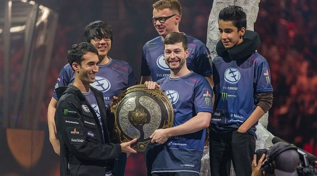 World of Tanks, Team Envy, Evil Geniuses, Counter-Strike 1.6
