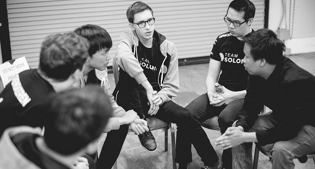 Психологи в киберспорте: почему они важны для команд