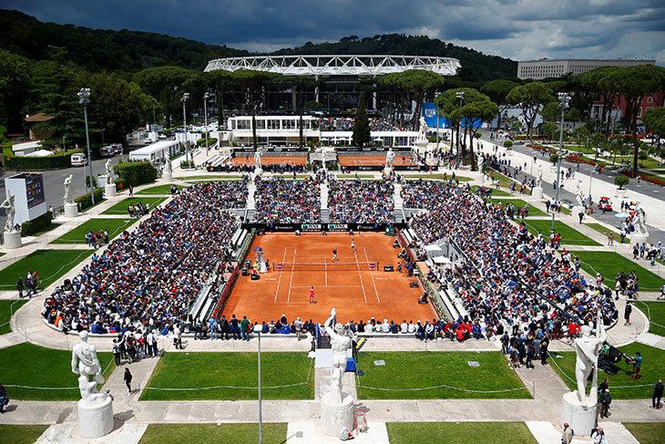 Главный спортивный комплекс Рима – памятник фашизма. И никто не стесняется