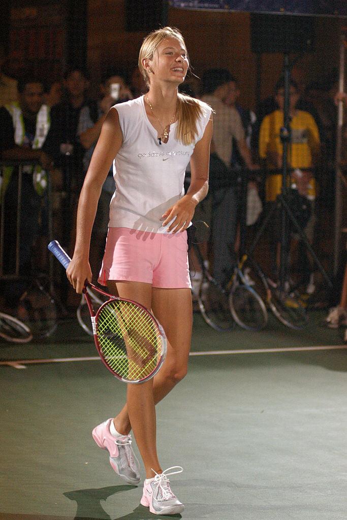 Центральный вокзал Нью-Йорка – теннисное место: там Курникова с Джеффом Безосом представляла линию лифчиков, а Шарапова готовилась к US Open