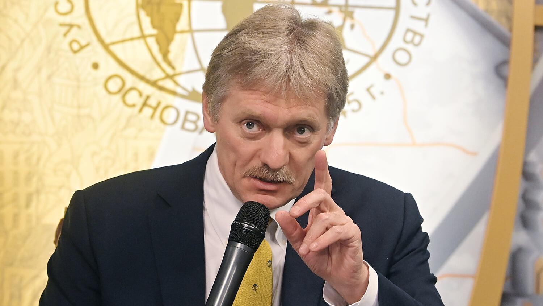Песков о решении УЕФА по форме Украины: Спорт должен быть без политики