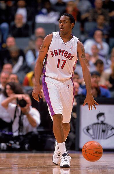 Рэпер J.Cole хочет стать игроком НБА. Ему 35, рост – 188 см, не играл даже в колледже, но его подписание может спасти умирающую лигу