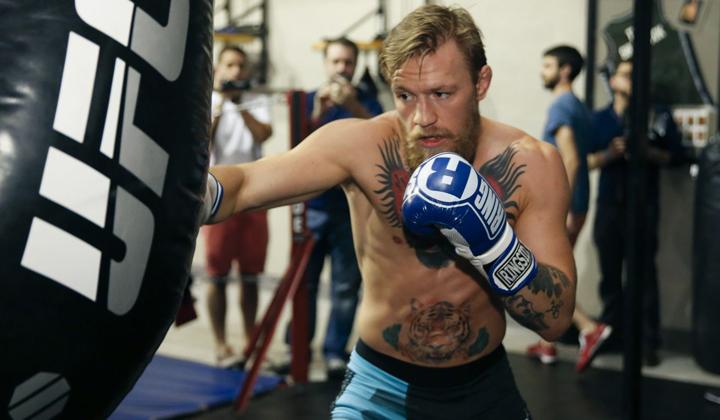 Флойд Мэйвезер-младший, UFC, Конор МакГрегор