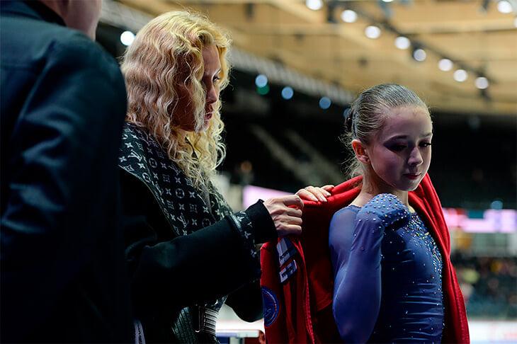 Камила Валиева – фаворит Тутберидзе на ближайшей Олимпиаде: в 14 лет ее бросают на взрослые прокаты, единственную из юниорок