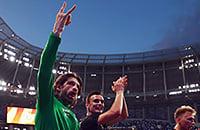 Шаронов врубил режим хеви-метал. Показал болельщикам козу, сравнил победу над «Динамо» с концертом Metallica