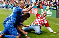 сборная Турции, сборная Хорватии, болельщики, Лука Модрич, Евро-2016