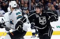 Кто лучший правый защитник десятилетия в НХЛ?