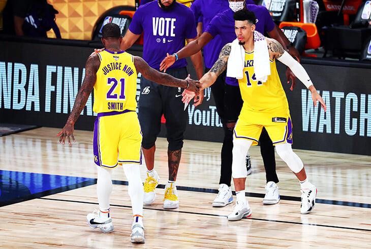«Лейкерс»-2020 хлопнули всю НБА на площадке. Теперь хотят и в кабинетах