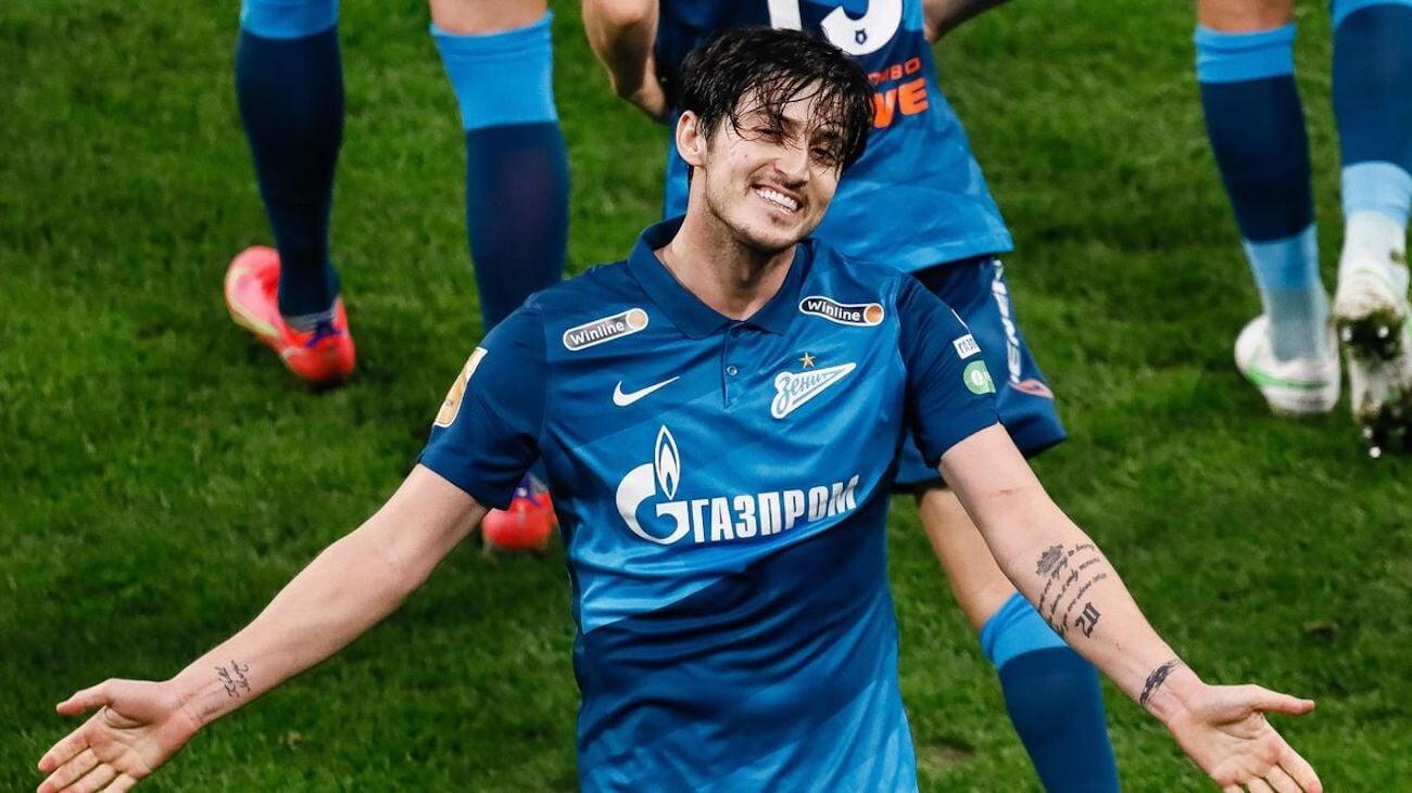 У Зенита нет предложений по Азмуну. Форвард может подписать новый контракт с клубом (Bobsoccer.ru)