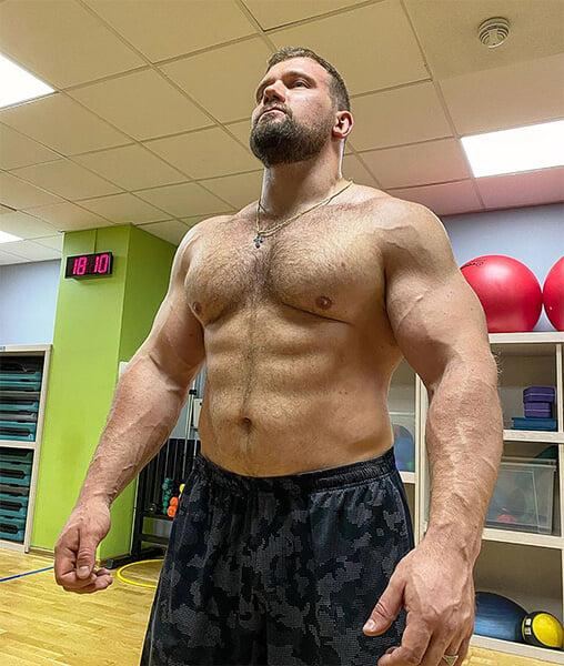 Протеин – главная добавка всех спортсменов. Но его часто боятся и путают со стероидами (а зря)