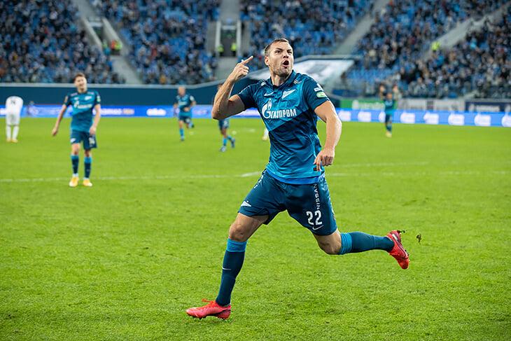 Сложный день Артема Дзюбы: отцепили от сборной, оскорбляли свои, сам запорол пенальти, но забил важнейший победный «Краснодару»