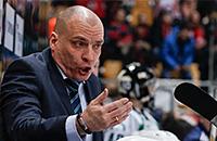 «Тащите своих детишек в КХЛ, хлопайте по попам баскетболисток». Самая горячая пресс-конференция сезона