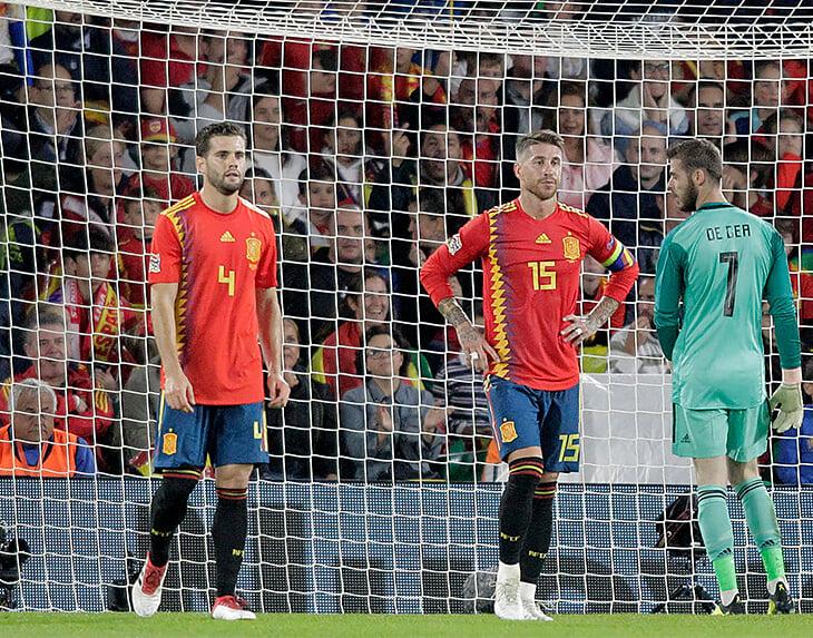 Испания впервые не берет на большой турнир игроков «Реала». Зато есть вратарь «Брайтона» и супердриблер из «Вулвз»