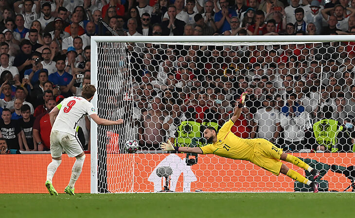 Великая серия пенальти в финале Евро: все решили промахи. Англия не забила три подряд, победный от Италии –по методу Дзюбы