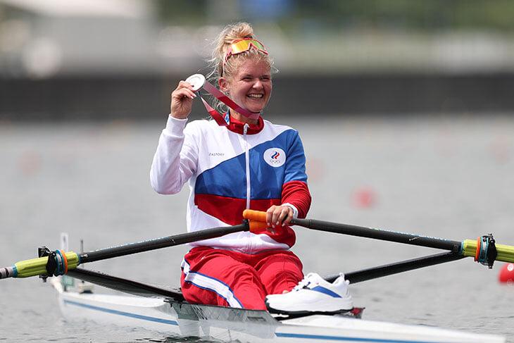 У Анны Пракатень –  серебро в гребле, Рылов бьется за второе золото и ждем 1/4 у шпажистов. Онлайн нового олимпийского дня