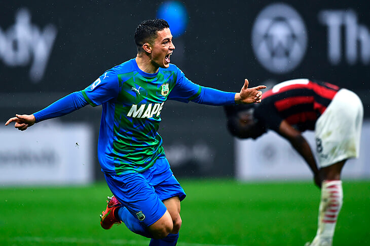 «Надеюсь, стану для Италии новым Скиллачи». Манчини взял на Евро Распадори из «Сассуоло», у которого 0 матчей за сборную