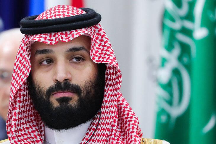 Саудовская Аравия пришла в АПЛ, выкупив «Ньюкасл» у бизнесмена Эшли. Он мечтал избавиться от клуба все 13 лет