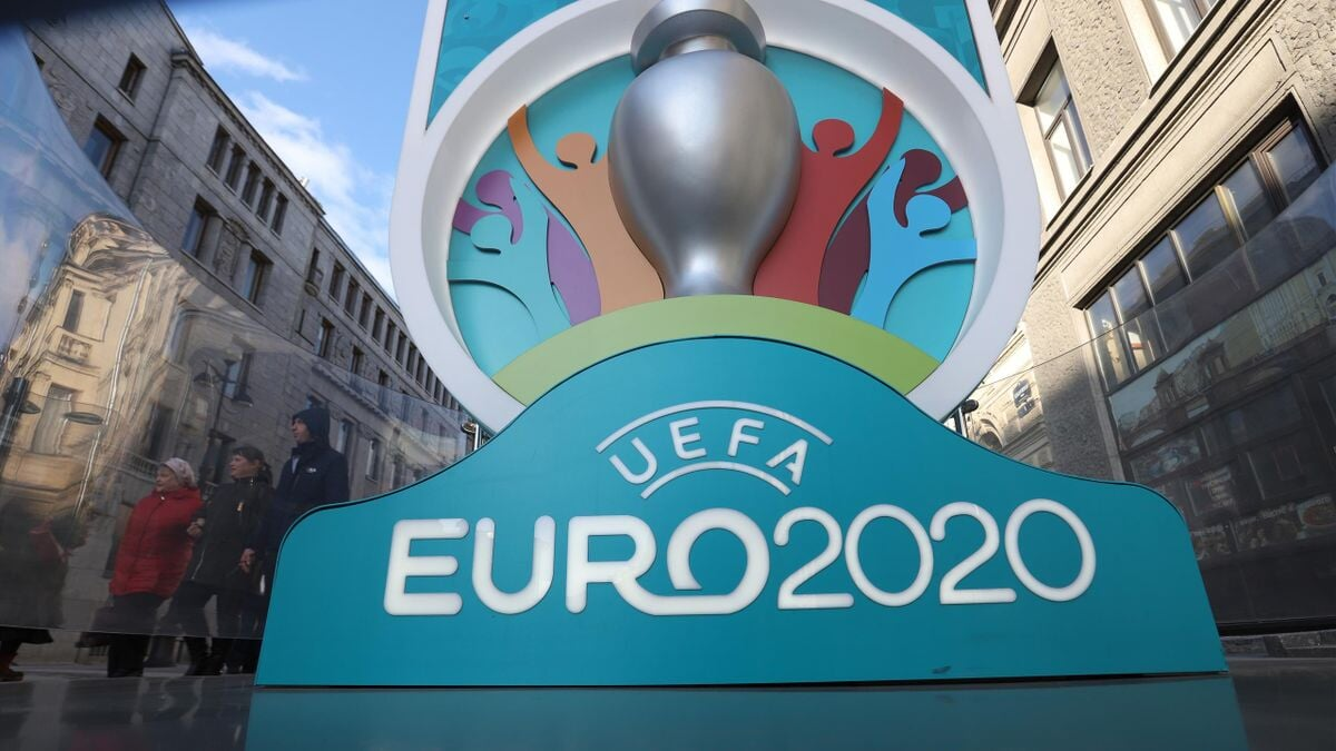 Немецкого журналиста лишили аккредитации на матчи Евро в России. Он критиковал связи между Газпромом и УЕФА