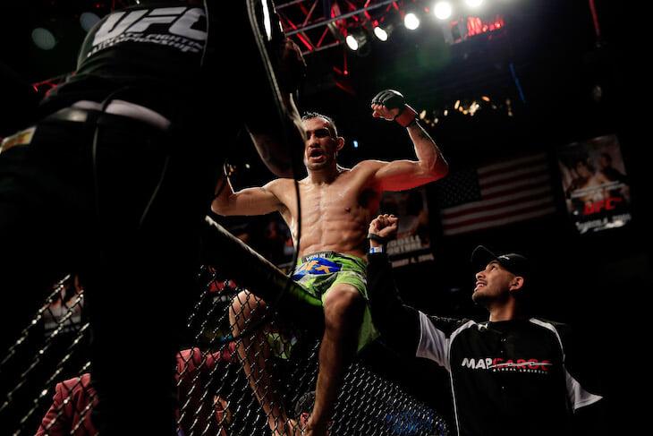 Фергюсон стал звездой после отборочного шоу в UFC: там он психовал, дрался с друзьями по команде, но вырубал всех соперников