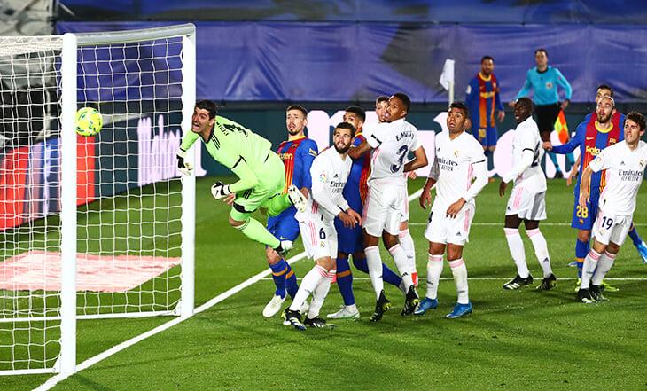 Месси почти положил «Реалу» прямым ударом с углового. Лучший гол класико так и не был забит