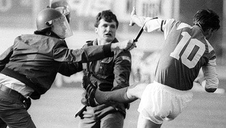 30 лет назад Бобан ударил полицейского во время матча с «Црвеной Звездой»