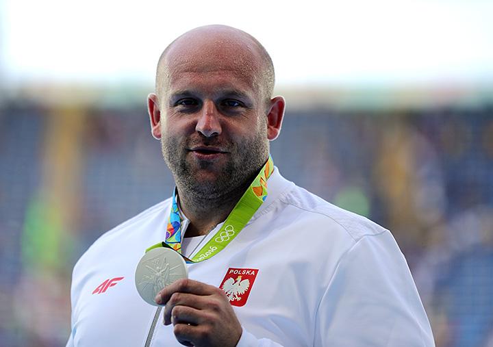 Польский атлет продаст олимпийскую медаль для помощи нездоровому ребенку
