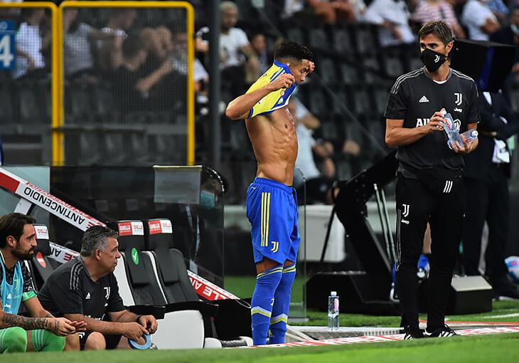 «Ювентус» не мог удержать Роналду. Клуб начинает новый цикл – со ставкой на молодежь