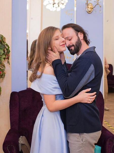 История любви Авербуха и Арзамасовой: познакомились, когда Лизе было 15, Лобачева не верила в их отношения, поженились под Новый год