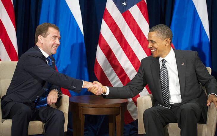 Обама и Медведев – президенты, умер Майкл Джексон, «Сити» на 10-м месте. Мир, когда Роналду уходил из «МЮ»
