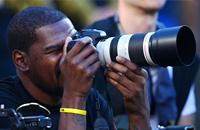 Кевин Дюрэнт был аккредитован на Супербоул как фотограф