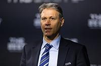 Марко ван Бастен, ФИФА