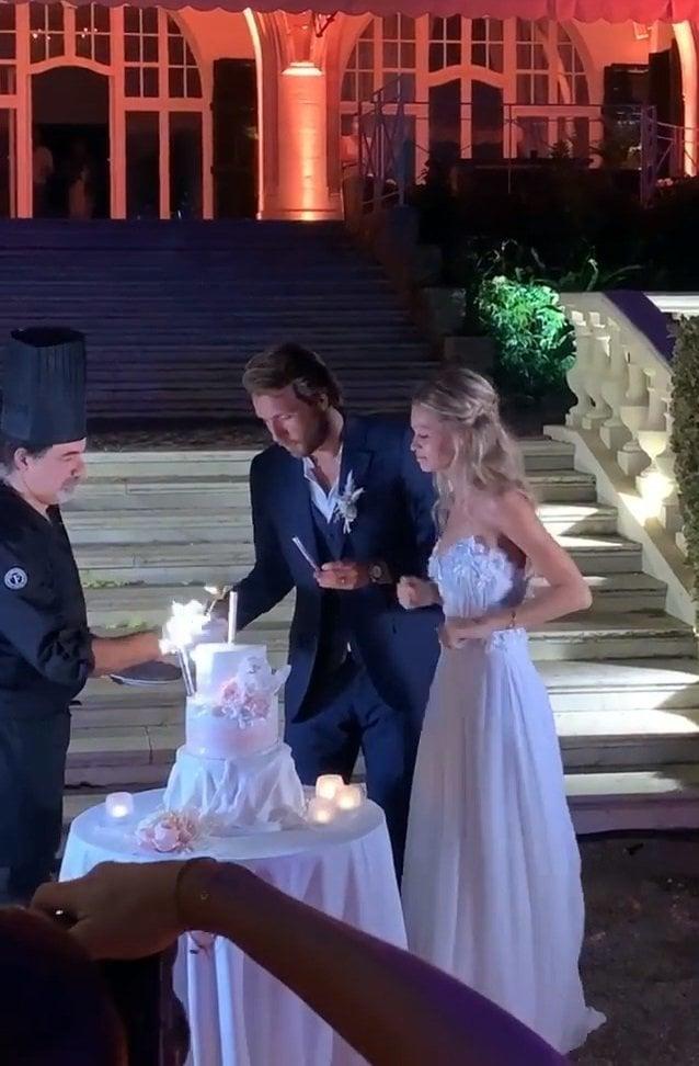 На свадьбе Пуя танцевали Монфис (понятно) и даже Гоффен