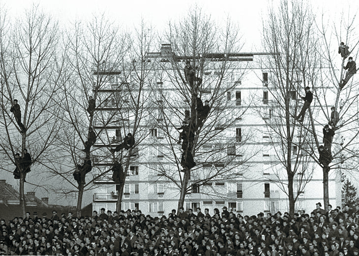 На месте стадиона в Мариборе много лет хоронили людей. А во время войны готовили солдат