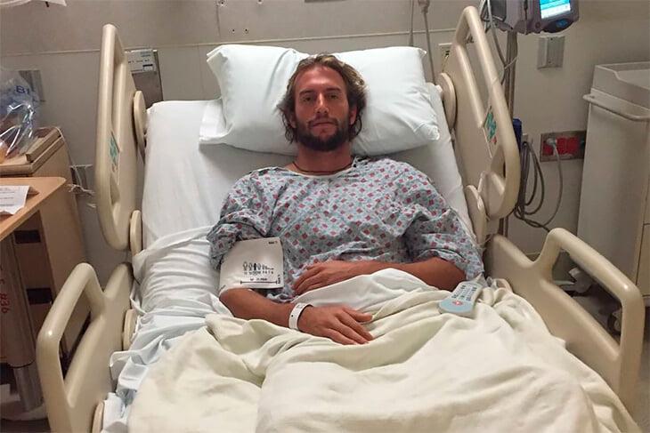Фантастическая история серфера из Австралии: завоевал бронзу после тяжелой травмы черепа (даже не мог ходить)