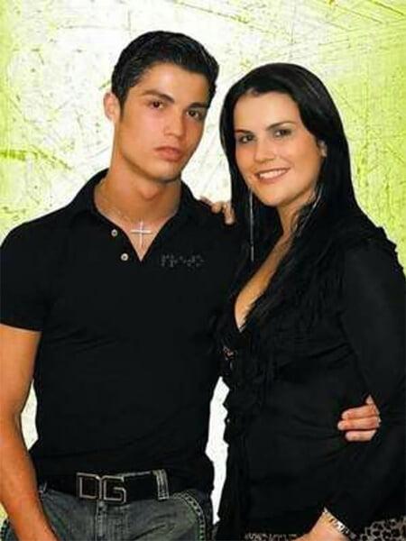 У Роналду странная родня: мать пыталась сделать аборт, вынашивая Криша, сестра кидается в соцсетях на соперников брата