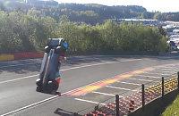 Страшный полет российского гонщика на скорости 300 км/ч