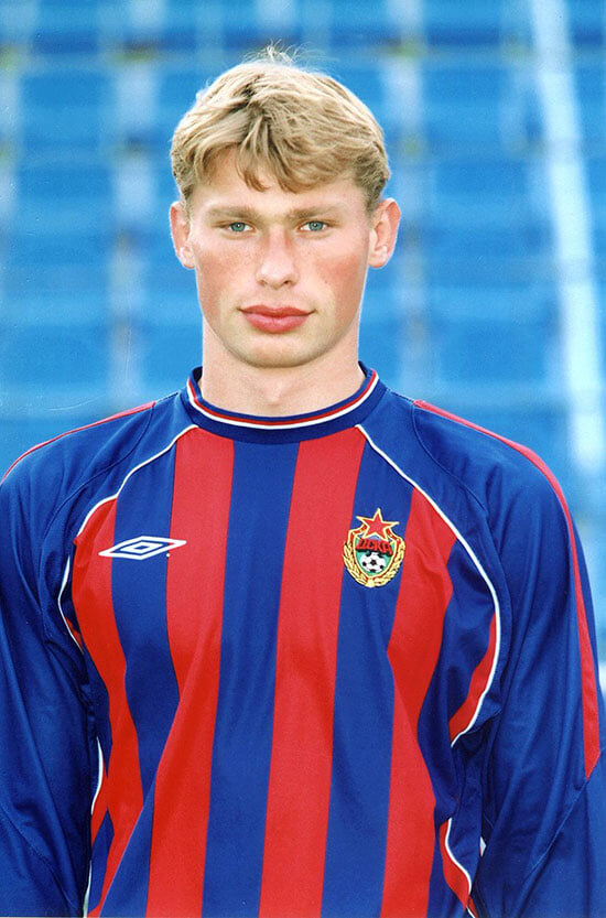 Возможно, Василия Березуцкого позвали в ЦСКА только ради Алексея – чтобы быстрее освоился. До этого братьев хотел забрать Семин