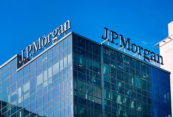 Деньги на Суперлигу обещал крупнейший банк США. Теперь ему меньше доверяют