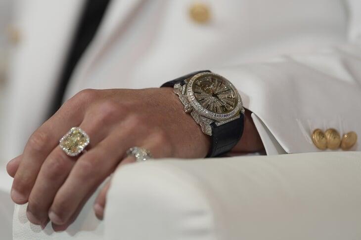 Стоимость часы кольцо от продать маятник часов