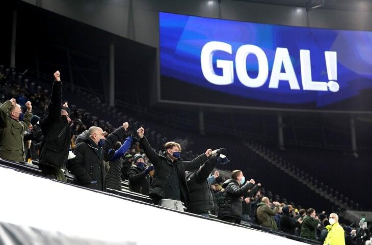 Моуринью выиграл дерби у «Арсенала» и вернул «Тоттенхэму» лидерство. Но главное событие выходных в АПЛ – возвращение фанатов