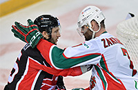 «Авангард» отыграл один матч в серии с «Ак Барсом»