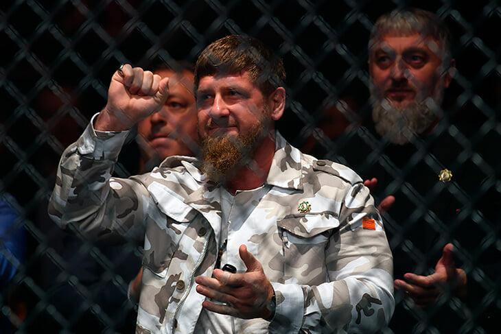 После скандала на матче «Зенита» в Грозном непонятно: в Чечне правда нельзя раздеваться по торс? Мы все узнали