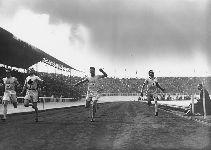 8% россиян собираются следить за фигуркой на Олимпиаде – они опоздали на 100 с лишним лет. На летних Играх-1908 золото взял наш фигурист