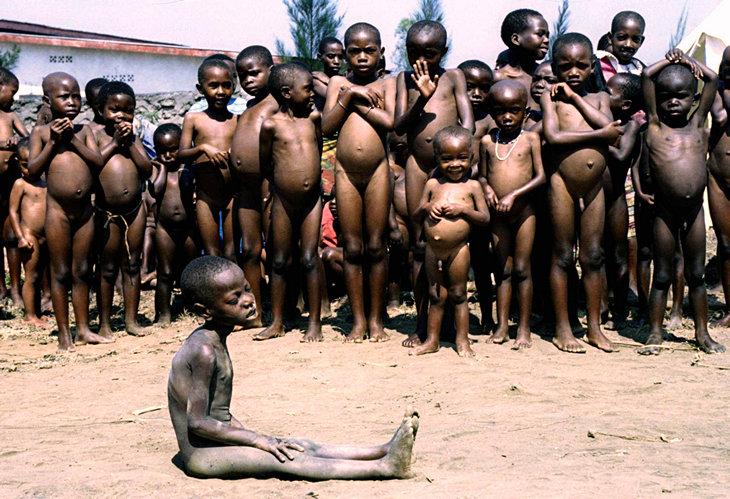 «Арсенал» теперь рекламирует Руанду. В 90-е там был геноцид, а теперь все супер