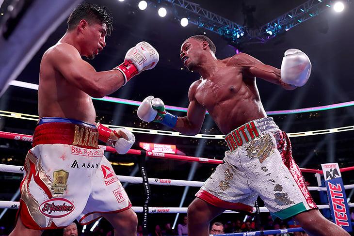 Главный боксерский бой марта разочаровал: Спенс избил Гарсию и теперь вызывает Пакьяо