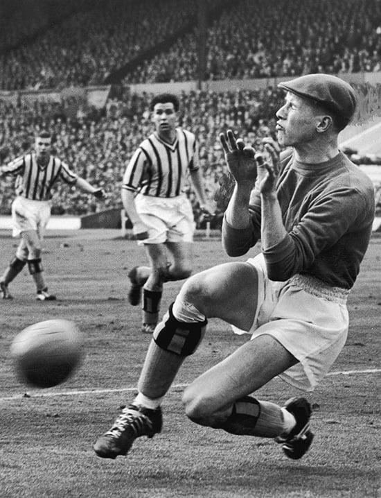 Вратари в кепках – символ футбола прошлого. Яшин играл в ней, потому что верил: приносит удачу