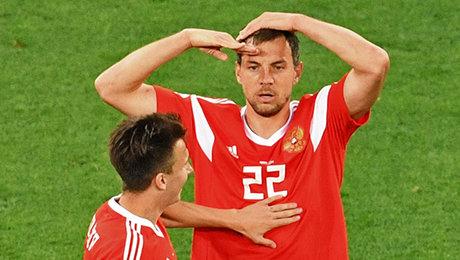 Дзюба – герой «Зенита». Помните его первый матч за сборную?