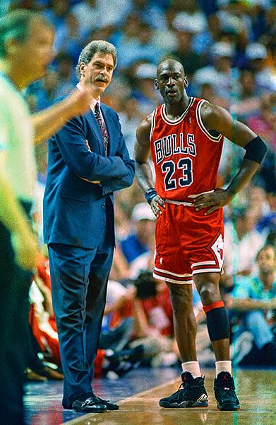 Фил Джексон – единственный тренер-звезда. Он устраивал реалити-шоу из укрощения Джордана, Родмана, Шака и Кобе