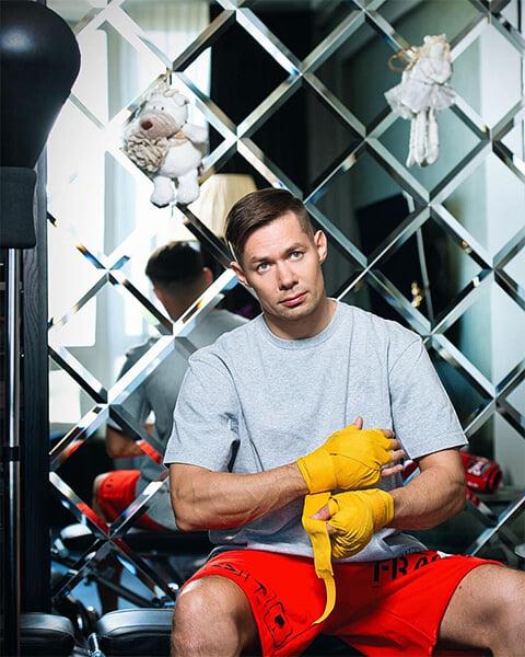 Стас Пьеха занялся боксом – в 37 лет! Вот его рассказ про тренировки и спарринги, и как бокс помогает прокачать выносливость